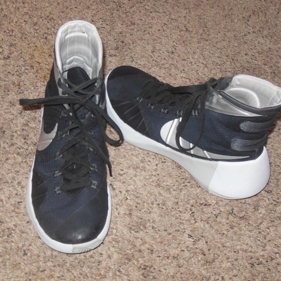 98ac0921502b Nike Other - Men s Nike Hyperdunk 2015 Basketball Shoes 9